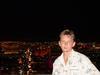 Y na fone nochnogo Vegasa na samom vysokoy bashne-Stratosfere